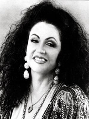 Jacqueline Stallone, rumpologist